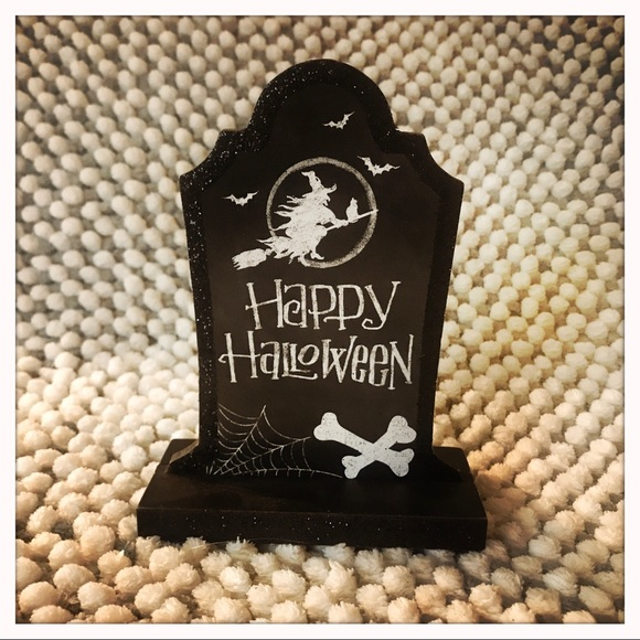 Ashland Other - Halloween Decor